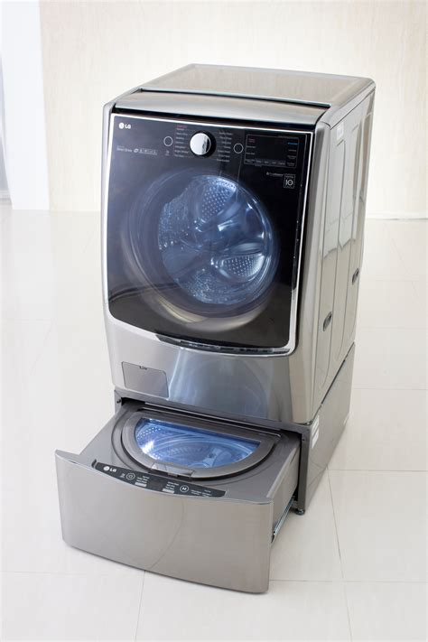 washer with with twin wash lg turns heads with bold new washer design