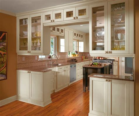 kitchen cabinet pictures painted kitchen cabinets in alabaster finish kitchen craft