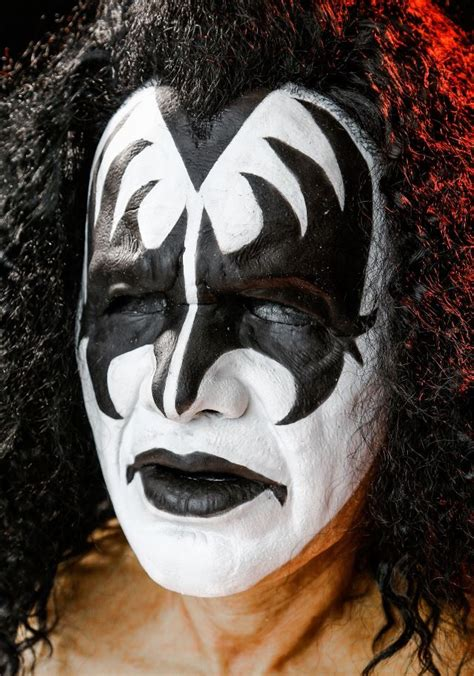 kiss makeup tutorial demon gene simmons the demon limited edition mask can be yours