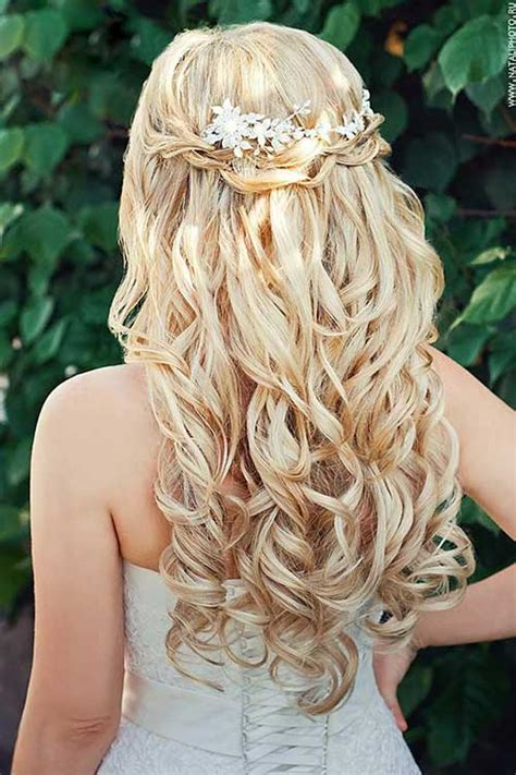 Wedding Hairstyles For Bridesmaids With Hair by 35 Popular Wedding Hairstyles For Bridesmaids
