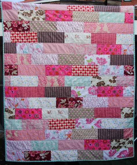 pink quilt pattern pink quilt finished i finished the pink quilt today i