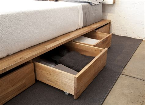 Bed Storage Drawers by Bedroom Storage The Most Of The Bed Space