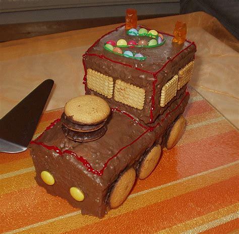lustige kuchen kindergeburtstag schneller zug kuchen das schessi chefkoch de