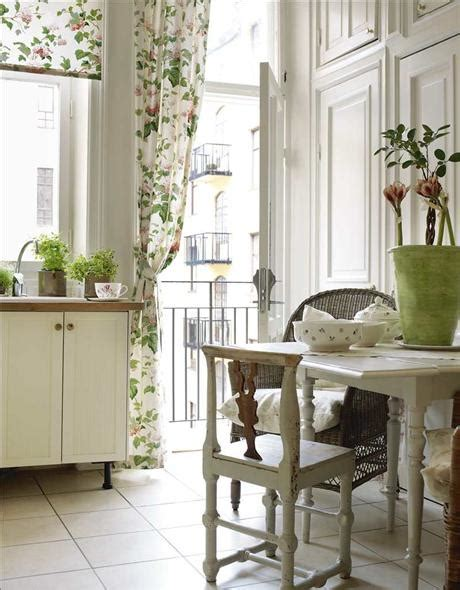 Shabby Chic Kitchen Decorating Ideas Shabby Chic Interior Design And Home Decoration Ideas Founterior