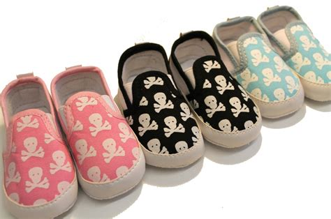 cool baby shoes skull crossbones baby shoes cool baby shoes