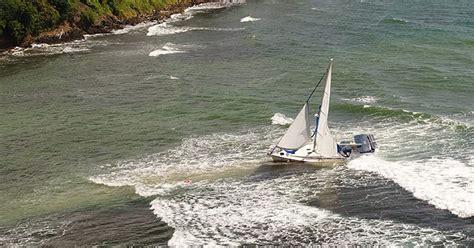 zeiljacht uit polen onbemand zeiljacht spoelt aan op eiland tobago clubracer