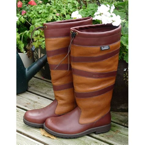 womans outdoor boots kanyon outdoor rowan country boot s chocolate