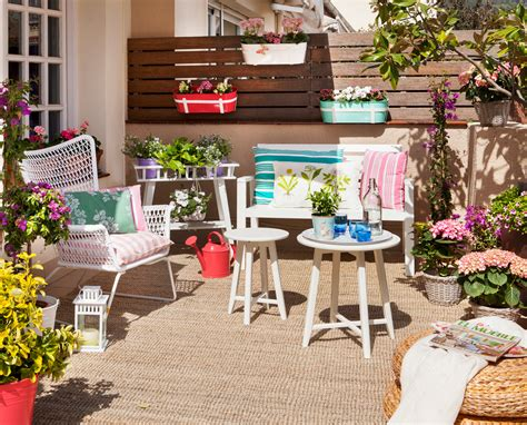 4 toldos originales y low cost para tu terraza o balcon terrazas low cost alegres y coloridas