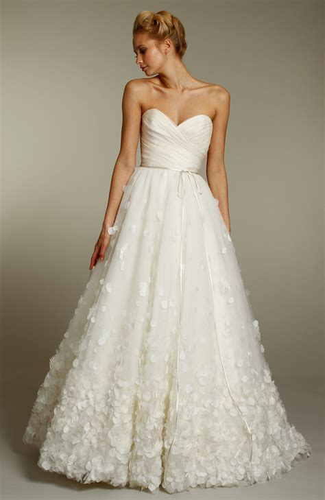 wedding hairstyles with sweetheart neckline wedding dresses sweetheart neckline