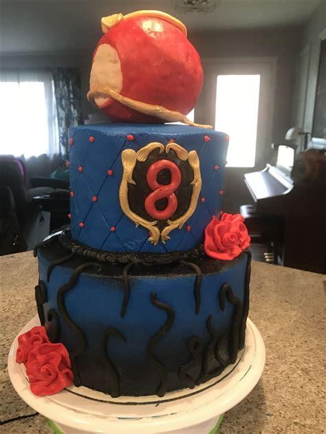 25 best ideas about descendants cake on villains descendants dvd and best 25 descendants cake ideas on decendants cake disney descendants and villains