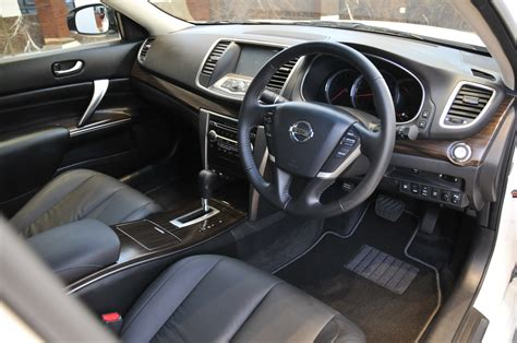 nissan teana 2010 interior 2013 nissan teana launched now with blind spot warning