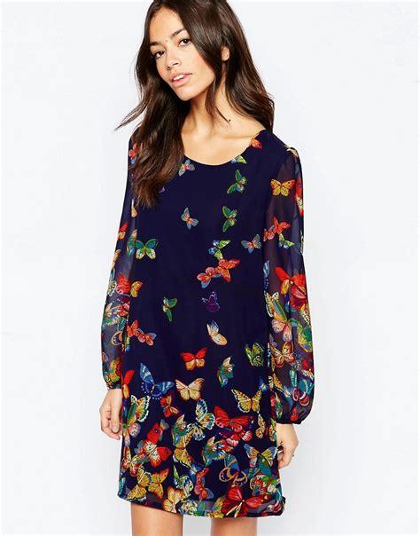 Longdress Butterfly yumi sleeve shift dress in butterfly border print asos shopswell