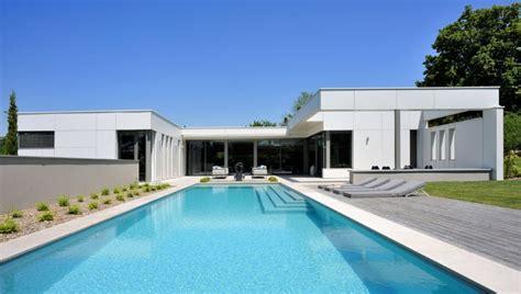 contemporary villa design integrate indoor outdoor space