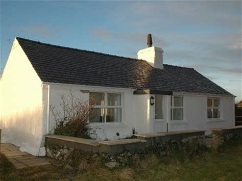 Rhosneigr Cottages by Trewyn Bach Cottage In Rhosneigr Anglesey