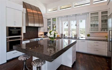 cuisine en marbre modele de cuisine en bois avec marbre mzaol com