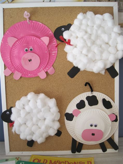 Paper Plate Animal Craft - living on a latte paper plate farm animals