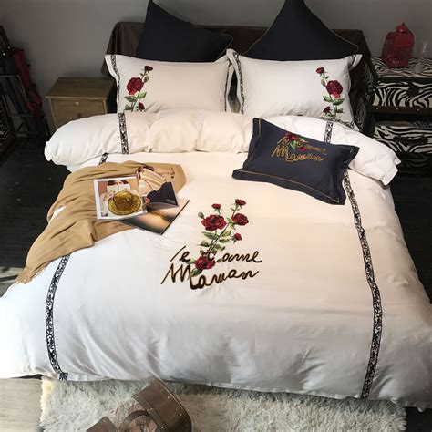 White black bedding set egyptian cotton king queen size rose embroidered cute bed set bed sheet