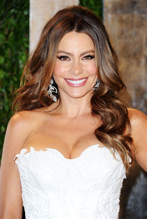 sofa v sofia vergara at 2012 vanity fair oscar at sunset