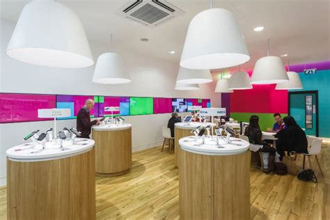 3 mobile store all change in the retail design sector designcurial