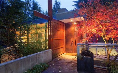 twilight house for sale i vant to buy your house twilight new moon cullen house