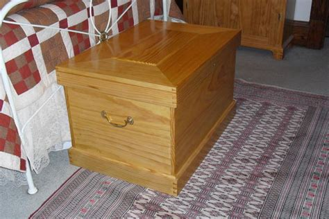 Quilt Storage Chest by Some Pictures Of Quilt Storage Chests