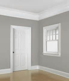 Colonial Molding floor to ceiling example of the colonial revival style