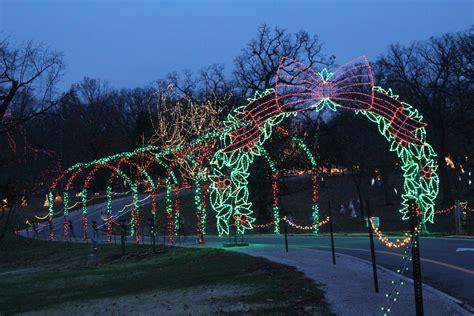 tunnel of lights at tilles park during winter