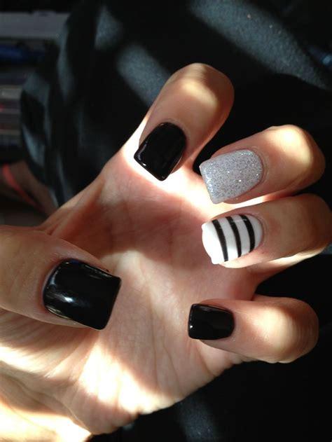 Nail Art For February For Women Over 40 | 40 classy black nail art designs for hot women jewe blog
