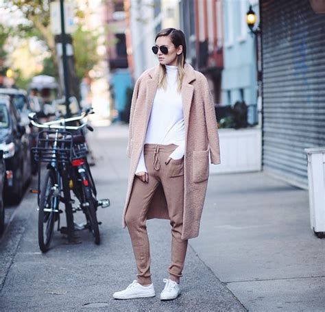 styling for instagram what to style and how to style it books autumn winter fashion inspiration from the most stylish