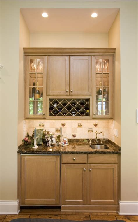 height of kitchen cabinets height between counter and bottom of upper cabinet