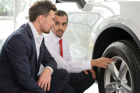 4 common sales mistakes to avoid after auto sales college
