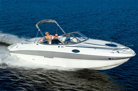 Boats With Cuddy Cabins by Research 2012 Stingray Boats 235cr On Iboats