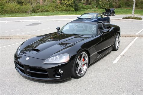 dodge viper 2004 2004 dodge viper information and photos momentcar