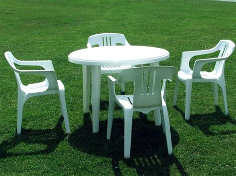 Patio plastic table and chairs the best patio plastic table and chairs