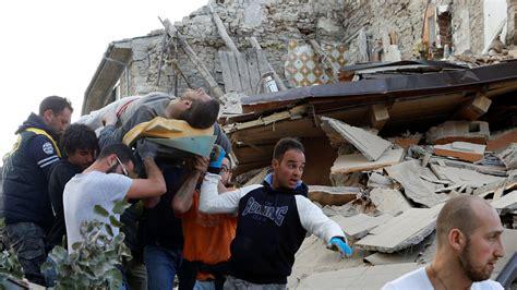 imagenes de jesucristo ayudando el 75 de las muertes por terremoto en la ue ocurren en italia