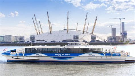 thames clipper vauxhall to greenwich mbna thames clippers sightseeing visitlondon com