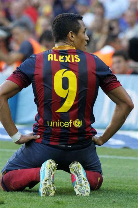 alexis sanchez honors sanchez honours ronaldo football deluxe