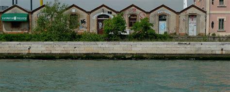 consolato cinese napoli carousel un creato con venezia i capannoni
