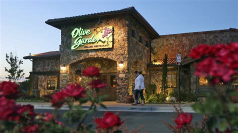 Where Is Olive Garden by Olive Garden Defends Unlimited Breadstick Policy Today