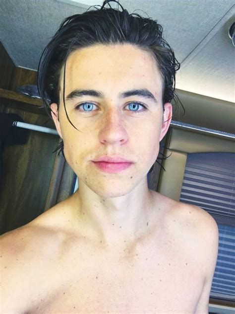 nash grier hairstyle nash grier gets a new haircut for his latest movie role 2