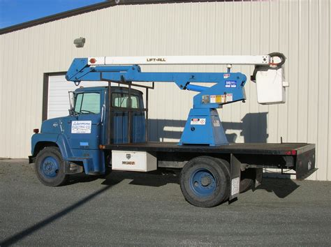 electric company truck ackermann electric co inc bucket truck image proview