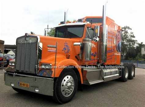 kenworth europe kenworth w900 bordbusters in european fotball chionship
