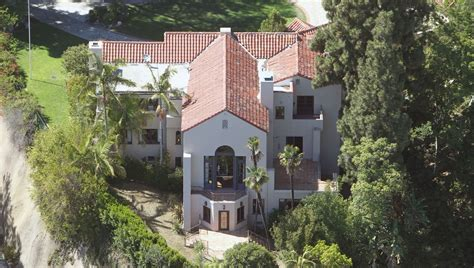 Katy Perry House by Who Gets The House In Brand Katy Perry S Divorce