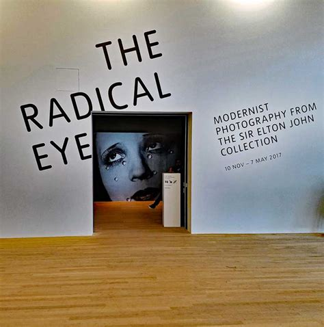 libro the radical eye modernist tate modern exhibit of the sir elton john photography collection