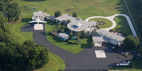 mark zuckerberg house 10 luxurious celebrity homes with outrageous features from will smith to mark