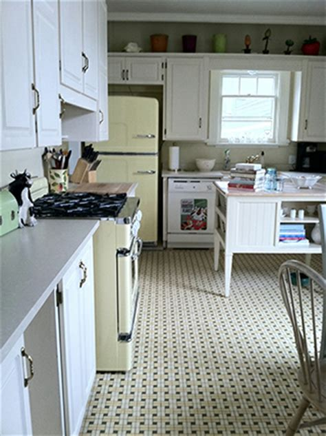Lisas Kitchen by Bill And S Retro Kitchen Big Chill Appliances
