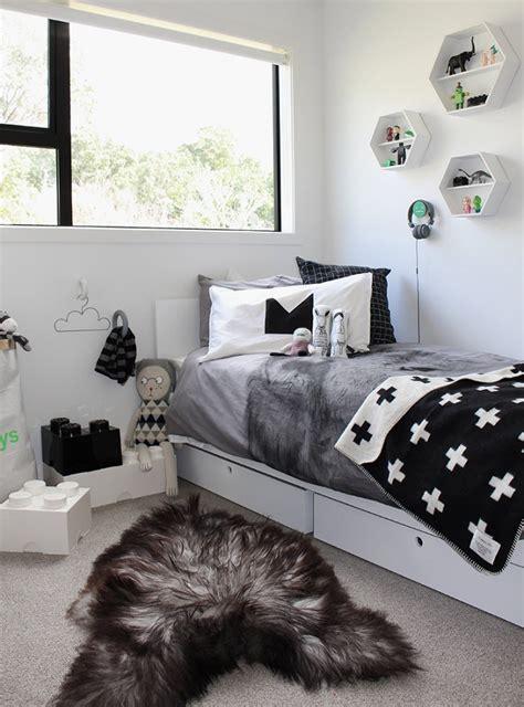 10 great kid s bedrooms in grey tones petit amp small