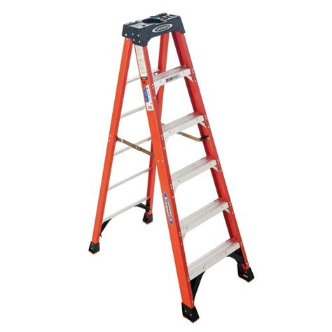 werner 6 ft fiberglass step ladder with 300 lbs load capacity type ia duty rating nxt1a06