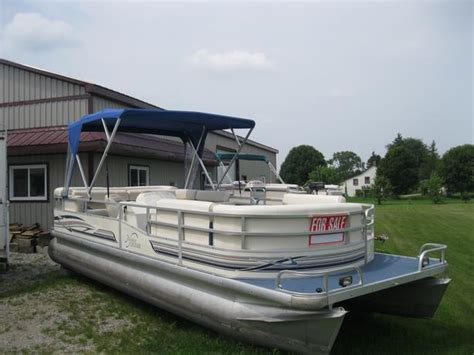 used pontoon boats for sale in pei 1999 riviera cruiser 22 pontoon boat w 50hp johnson