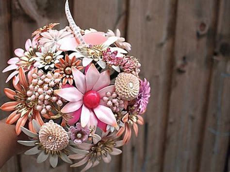 Handmade Brooch Bouquet - handmade brooch bouquets for your wedding day craftfoxes
